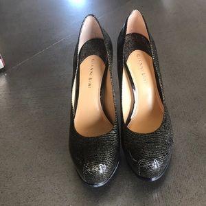 Gianni Bini Black and Gold Patent Stilettos